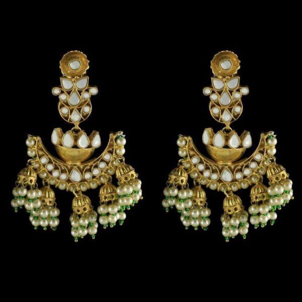 Saqaafat Earrings