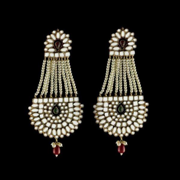 Zehnaseeb earrings